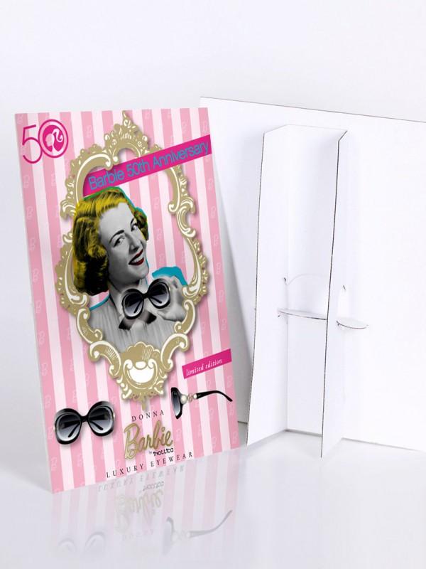 barbie-cartello-vetrina-mockup